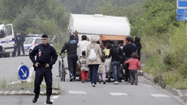France Evicted 10 K Roma onto Streets (2016)
