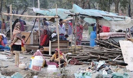 India: Over 33K Homes Demolished in 2015�